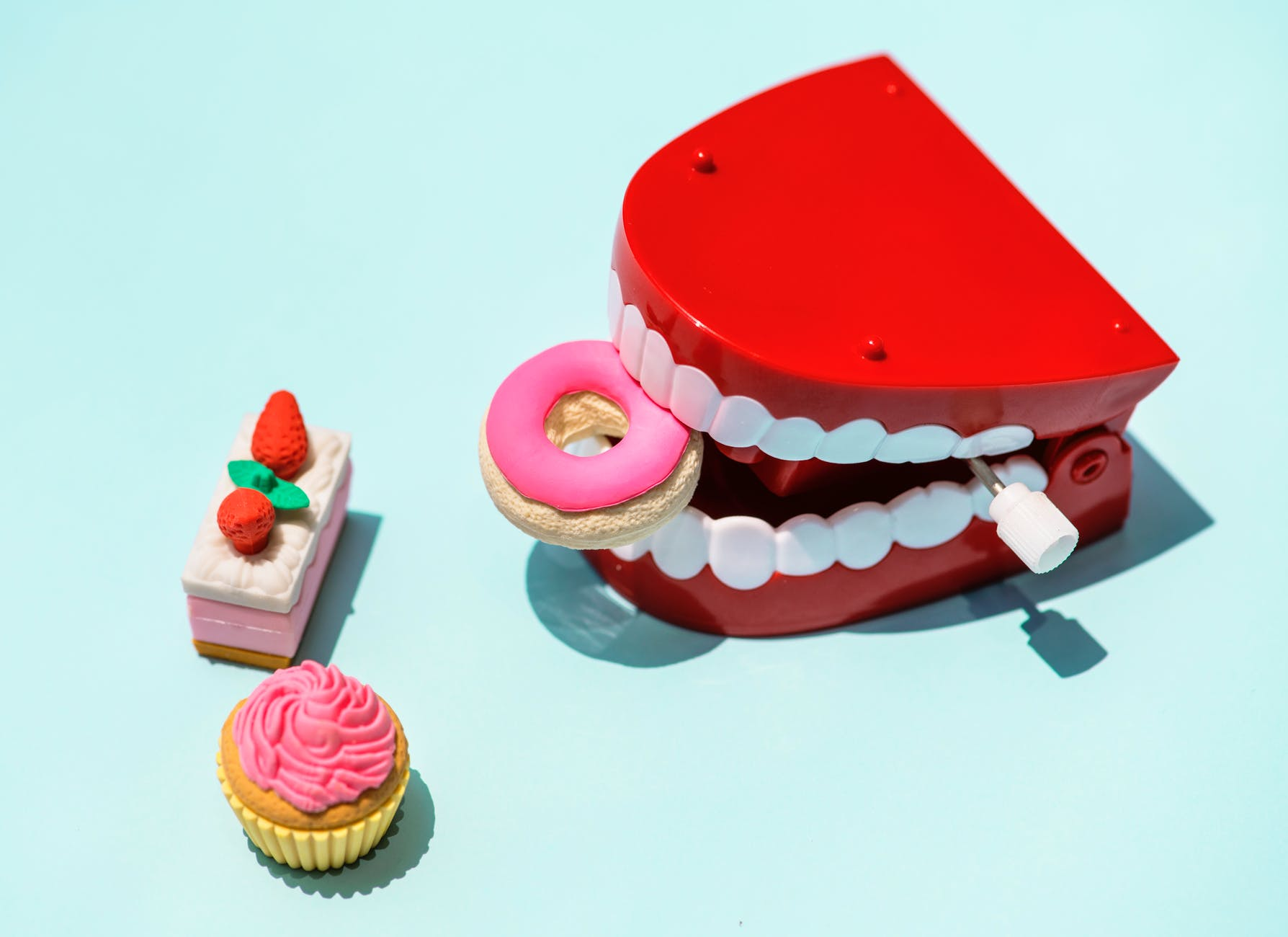 Should you keep baby teeth? Here's why it might be worth it