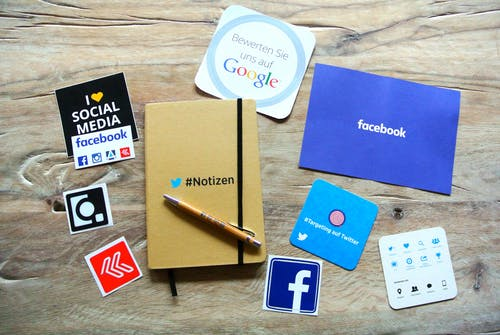 Social media and your kids: What to teach them