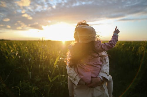 Mom advice: What moms should teach their daughters