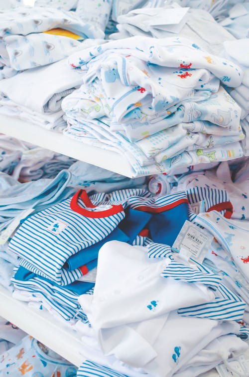 The best tips for buying baby clothes